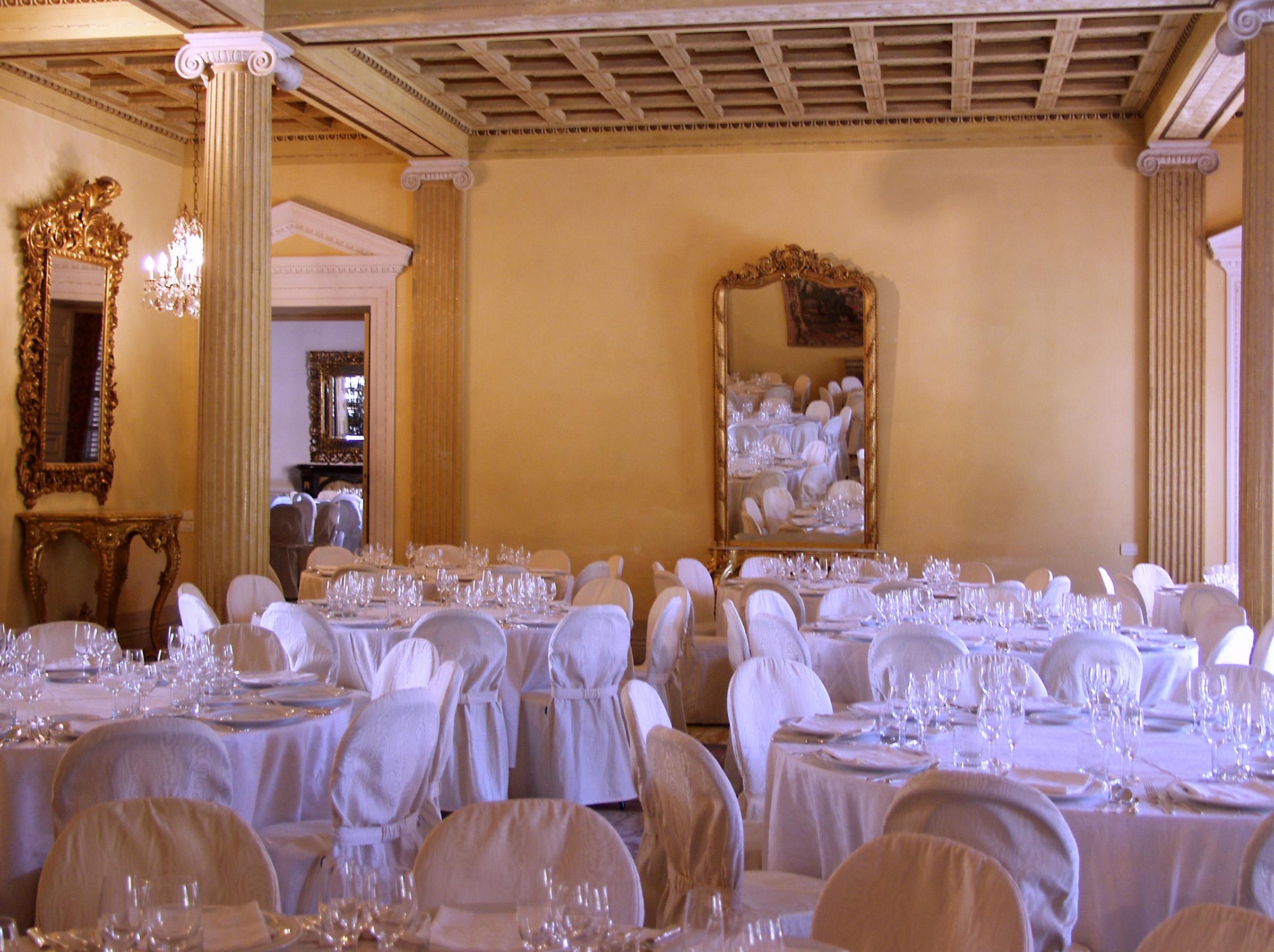 Sala delle Colonne, Villa des Vergers