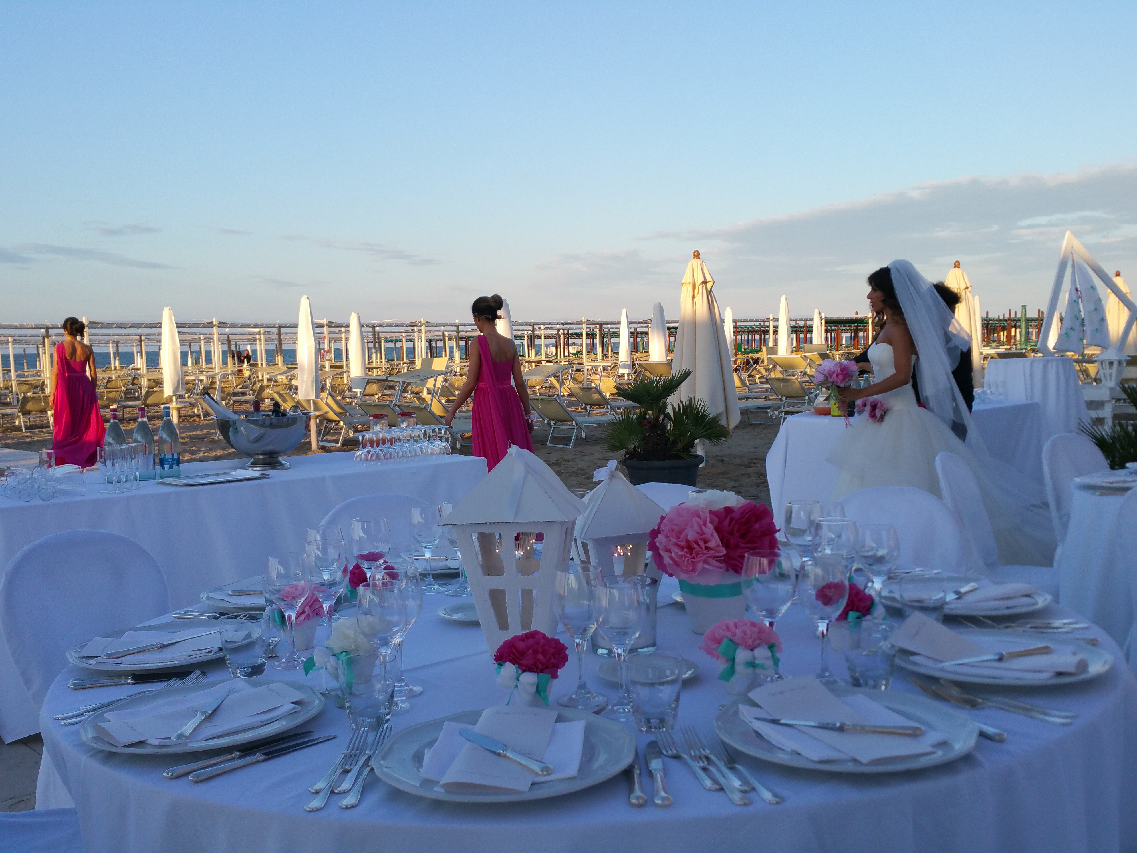 Matrimonio In Spiaggia Rimini : Matrimonio in spiaggia atlantic catering